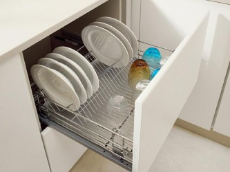 Сушка для посуды в нижнюю секцию