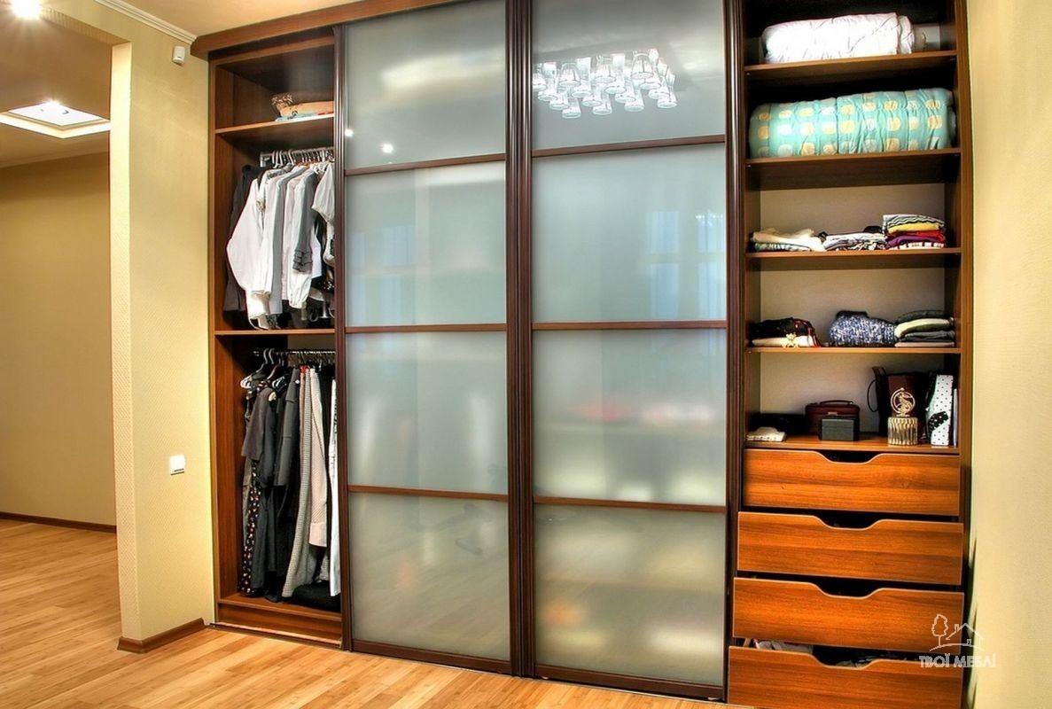 Дизайны узких шкафов